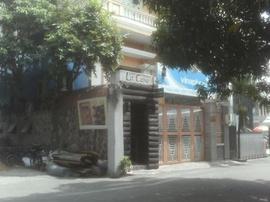 Nhà cho thuê mặt tiền nguyên căn, NN1B Bạch Mã, P.15, Q.10, DT 7x25m, trệt, 3lầu