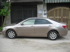 Cần bán xe TOYOTA- CAMRY 2.4, màu vàng cát, đời 2008, Xe VN, số TD, máy xăng
