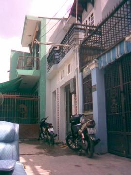 Bán Nhà 4m x 16m ( đúc suốt 4m x10m ), 1 xẹt đường Lê Văn Khương , F-H/Thành