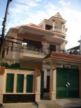 Villa phố đường nội bộ D1 Quận Bình Thạnh, cho thuê giá không thể rẻ hơn (1200$)