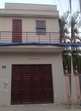 Cho thuê nhà nhỏ DT: 4x5m(DTSD 45m2).Cấu trúc:1 trệt, 1 lầu, có ban công phơi đồ,