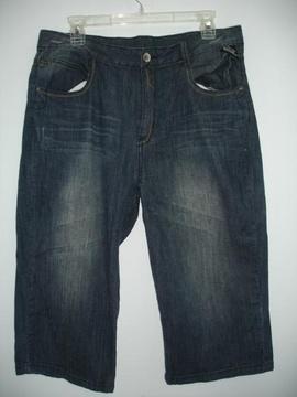 Bán lô hàng quần jeans Air Walk : dài nữ giá 135.000 đ/1cái size 28,30, 32, lửng
