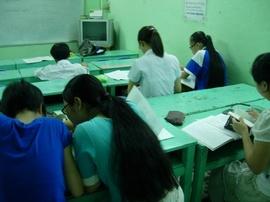 Luôn tận tâm dạy kèm tiếng Anh Giao tiếp, Văn phạm cho các học viên mất căn bản
