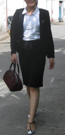 Bán thanh lý lô hàng bộ áo khoác và váy công sở