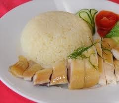 Cơm Gà Hoàng Ký Quán ăn chúng tôi nổi tiếng nhất món Gà xối mỡ,
