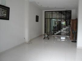 Cho thuê nguyên căn HXH Đinh Tiên Hoàng P Đakao, Q1, DT:4x17m, 1 trệt , 3 lầu