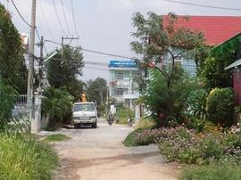 Cần tiền bán gấp căn nhà mặt tiền đường 37 (8met), Khu biệt thự Bình Dân
