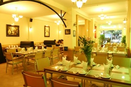 in lót ly, lót cốc, lót bát, lót bàn...cùng các ấn phẩm khác dùng trong nhà hàng