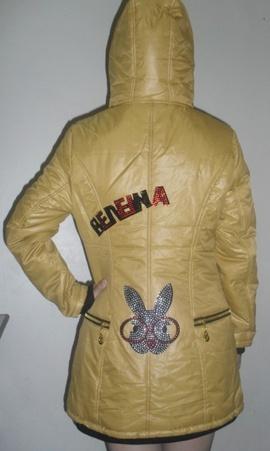 Áo khoác nữ màu vàng