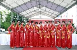 Tổ chức sự kiện lễ khai trương cửa hàng thời trang cao cấp