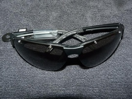 Bán mắt kính, dầu thơm hiệu Adidas 100ml, Polo 50ml. Hàng xách tay từ Mỹ. Bảo đảm