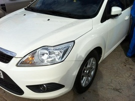 Focus S 1. 8AT, 2010, màu trắng, còn bảo hành tới 2013, mới 95%