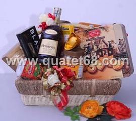 Quà biếu tết, giỏ quà tết với hơn 130 phần quà tết phục vụ khách hàng tại SG HN