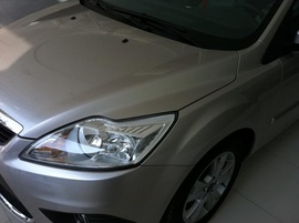 Cần bán Ford Focus 2. 0L 2010 đăng ký 2011, màu hồng phấn , số tự động