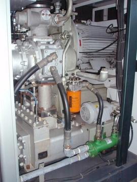 Bán Máy Nén Khí Kobelco ALE45W công suất45Kw. Năm SX 2001