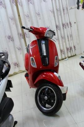 Cần bán VESPA S125 màu đỏ 2011, bs VIP 2222, xe mới như trong hình