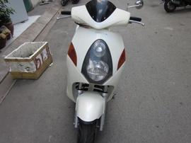 Bán xe Nhật màu trắng sữa ,2003, cảm ứng xe đẹp ,giá mềm