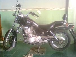 Moto Husky 125 màu đen, bstp, xe đẹp, máy mạnh, giá 9,7tr