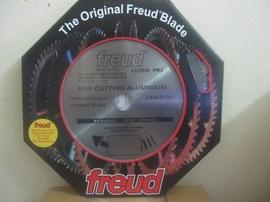 Lưỡi cắt nhôm -Freud (Ý) LU5E