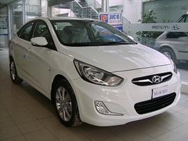 Hyundai Accent có giá tốt nhất thị trường, có xe giao ngay. Hotline 0909315000
