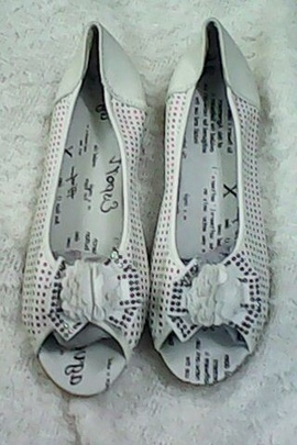 Cần thanh lý 120 đôi giầy nữ hàng quảng châu giá rẻ