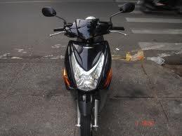cần bán xe Honda Click, 2011, màu đen xe đẹp ,mới 99. 9%