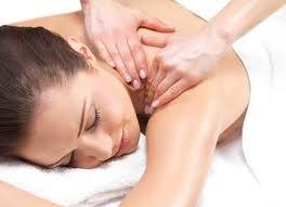 Massage body(Thái, Nhật…làm theo yêu cầu) đến tận nơi phục vụ.