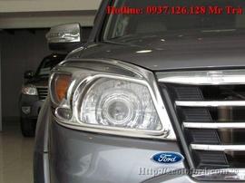 Bán Ford Everrest Model 2010 , xe mới 97%, Xe còn bảo hiểm bảo hành 2 năm