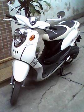 Bán xe Mio 2011 màu trắng nâu.