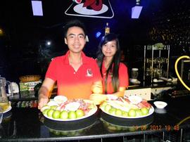 Tổ chức sinh nhật tại quán cà phê - karaoke, một hình thức đãi tiệc mới và tiện