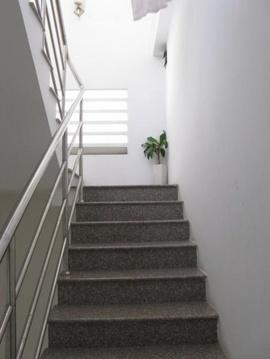 Đá ốp cầu thang tại Biên Hòa