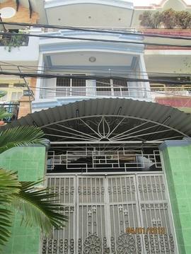 Bán gấp nhà 1 trệt, đúc 1 lầu, sân thượng, DT (4x18) Cư Xá Phú Lâm D, Q. 6