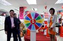 Tp. Hồ Chí Minh: vòng quay may mắn, gian hàn hội trợ RSCL1195700