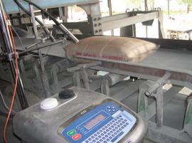 máy in phun ngày tháng trên bao xi măng, phân bón, in date bao thức ăn chăn nuôi