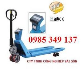 hàng giảm giá:xe nâng tay thấp 2500kg, 2,5 tấn LH:0985 349 137