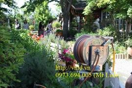 Rulo cuốn ống nước treo tường cho tưới cây cảnh, rửa nhà