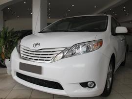 Toyota Sienna, màu trắng, sx 2010, nhập khẩu