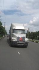 Tp. Hồ Chí Minh: Bán xe đầu kéo My Freightliner đời 2004 - 1. 180 triệu tại quận 9, TP Hồ Chí Minh CL1407865