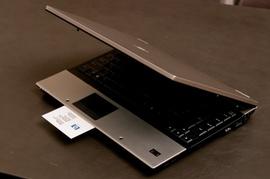 bán HP Elitebook 6930p /Intel Graphic HD/ 3. 000. 000 VNĐ giá cực hót