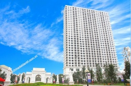 Bán căn góc 4pn tòa R6 Royal City, diện tích 154m2.