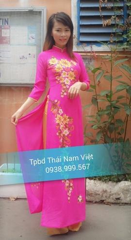 Chuyên may bán và cho thuê trang phục áo dài giá rẻ tại quận tân phú