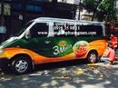 Tp. Hồ Chí Minh: Thợ dán quảng cáo trên xe CL1613812