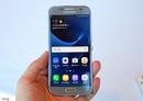 Tp. Hồ Chí Minh: Smartphone samsung galaxy s7 gold CL1639301