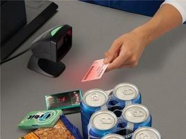 So sánh máy quét mã vạch để bàn và cầm tay