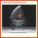 Tp. Hồ Chí Minh: Công ty chuyên sản xuất kỷ niệm chương pha lê, thủy tinh theo yêu cầu CL1664364P7