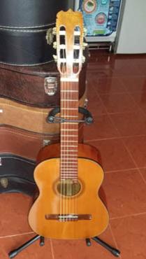 Bán guitar Matsouka No 100 size nhỏ Nhật