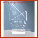 Tp. Hồ Chí Minh: Cơ sở sản xuất cúp pha lê, biểu trưng pha lê, biểu trưng thủy tinh gỗ đồng CL1666744