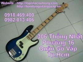 Bán đàn guitar bass giảm giá chào tháng 6 !