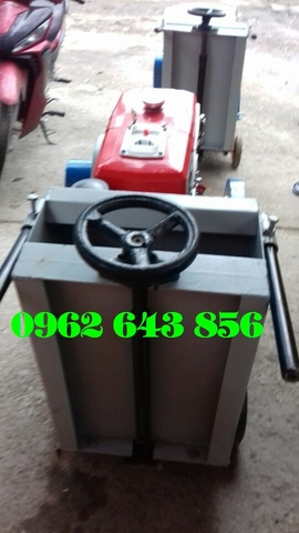 Bán máy cắt bê tông đầu nổ Diesel D8 hoàn hảo cho công trình của bạn