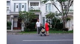 Cho thuê tầng trệt nhà phố khu Hưng Phước đường lớn giá tốt